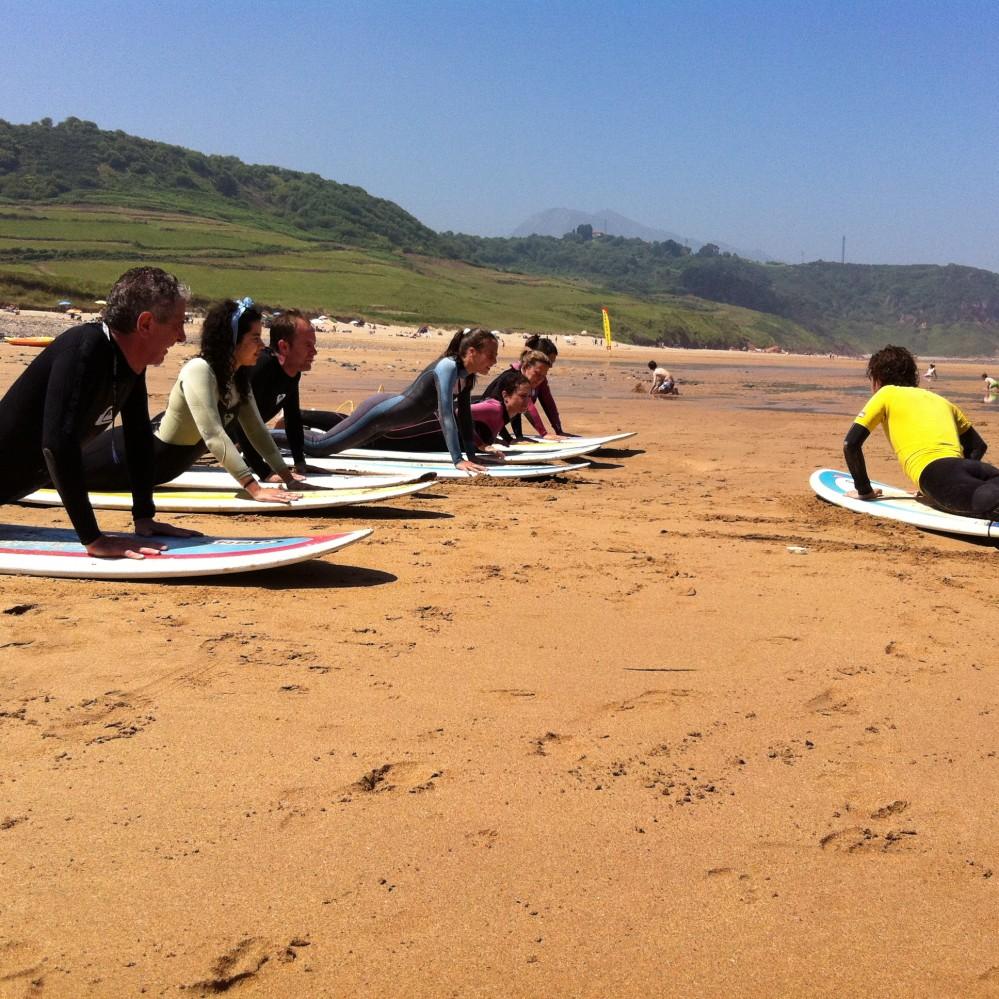 Cursos de Surf en el Cantábrico