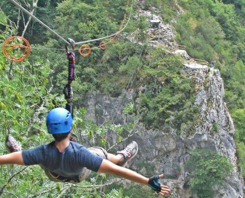 Tirolinas en el exclusivo y único gran parque de aventuras de Asturias
